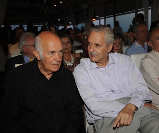 Τάκης Λουκανίδης, Απόστολος Κόντος